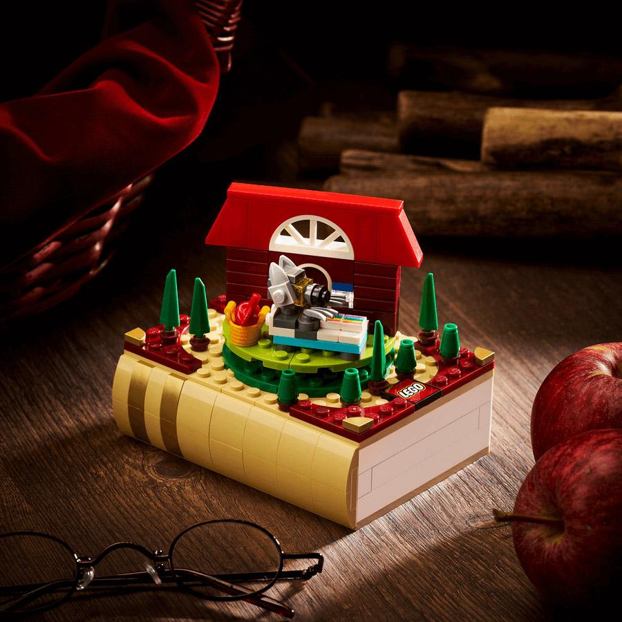 bricktober Little Red Riding Hood